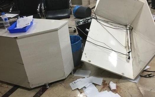 Gaziantep'te Şoke Eden Olay! Doktora Saldırdı, Bilgisyarları Parçaladı