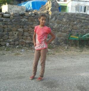Gaziantep 12 Yaşındaki İpek, Anten Kablosunun Boynuna Dolanması Sonucu Öldü