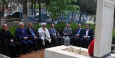 GSO eski başkanı Kamil Şerbetçi mezarı başında anıldı