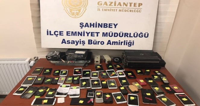 Gaziantep'te eş zamanlı uyuşturucu operasyonu: 4 gözaltı