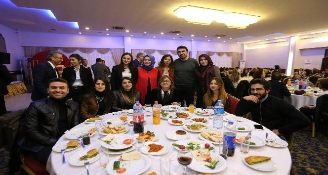 Fatma Şahin'den öğretmenlere konut müjdesi