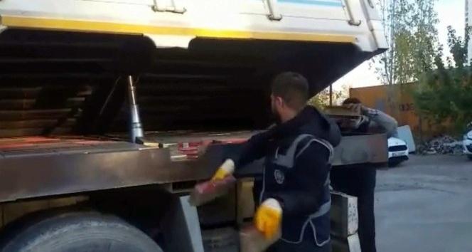 61 bin paket gümrük kaçağı sigara ele geçirildi