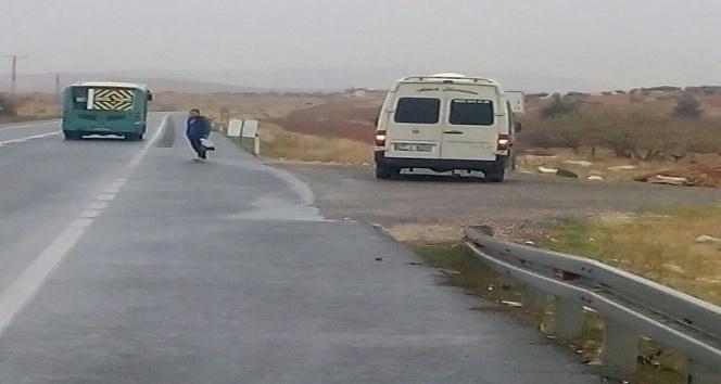 Gaziantep'te otomobil ile minibüs çarpıştı: 10 yaralı