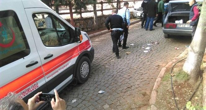 Banka soygunu ihbarına giden polis otosu kaza yaptı: 4 yaralı