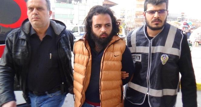 Gaziantep'te Bebek cesedi ile ilgili gözaltına alınan 3 kişi adliyeye sevk edildi