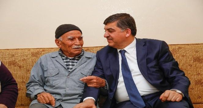 Başkan Fadıloğlu Yaşlıları İhmal Etmiyor
