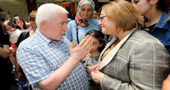 Fatma Şahin'den esnaf ziyareti