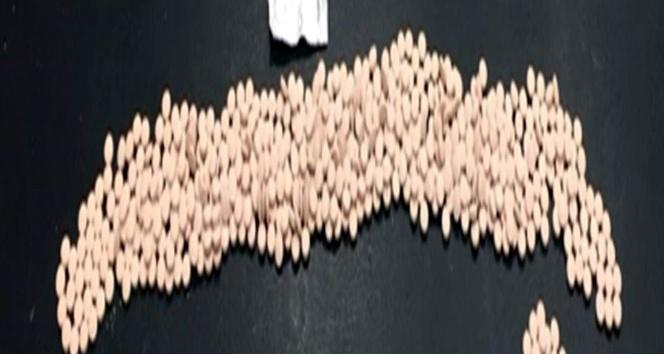 Gaziantep'te durdurulan bir araçta uyuşturucu madde ele geçirildi