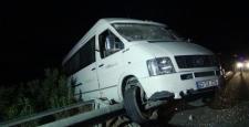 Gaziantep'te tarım işçilerini taşıyan minibüs devrildi: 15 yaralı
