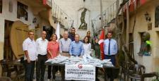 Gaziantep dernekler konfederasyonundan öğrencilere kırtasiye yardımı