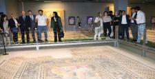 Büyükelçiler ZEUGMA müzesini gezdi