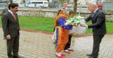 Vali Gül'den Araban'a ziyaret
