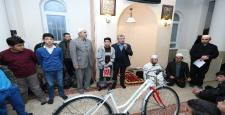 """""""Haydi Çocuklar Camiye"""" projesine katılan çocuklar ödüllendirdi"""