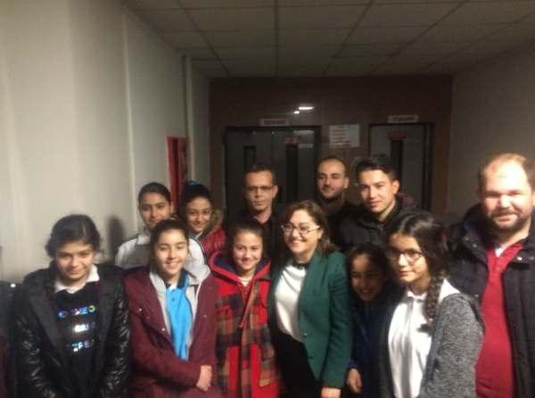 Şehitkamil Ortaokulu öğrencilerinden Mehmetçiğe mektup
