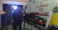 Taziyeden dönen aileye alkollü sürücü çarptı:2 yaralı
