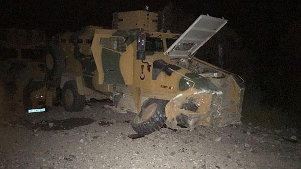 Hakkari'de askeri konvoya hain saldırı: 4 yaralı