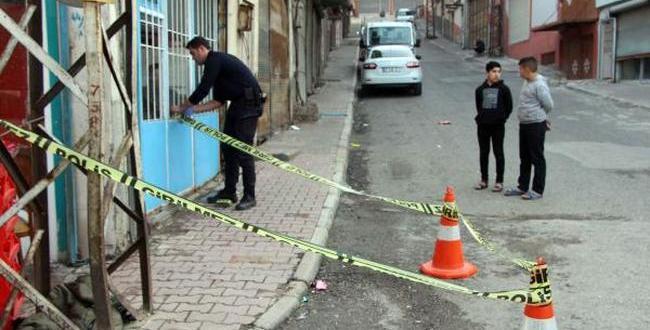 Suriyeli Kişi Bıçaklanıp Gasbedildi
