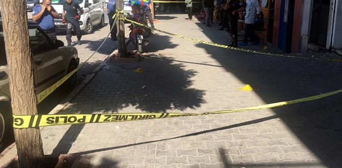 Gaziantep'te Oto Galeride Silahlı Kavga: 4 Yaralı