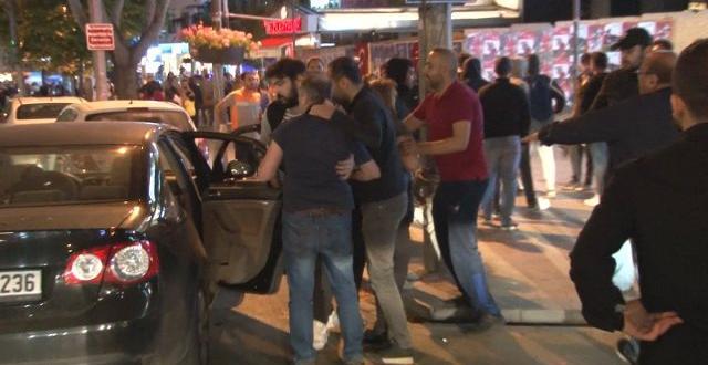 Bağdat Caddesi'nde Şampiyonluk Turu Atan Galatasaraylı Taraftarlara Saldırı