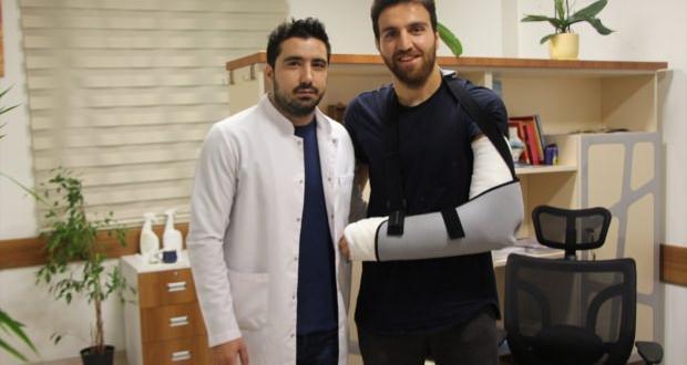 Osmanlıspor Kalecisi Ahmet Eyüp Türkaslan ameliyat edildi