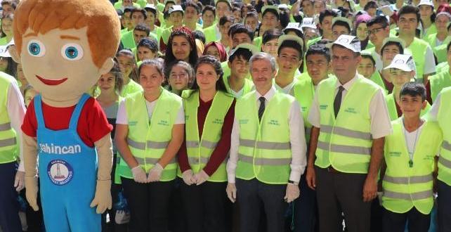 Mehmet Tahmazoğlu Bu Kez Öğrencilerle Çöp Topladı