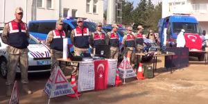Engelli Öğrenciler Jandarma Komutanlığını Ziyaret Etti