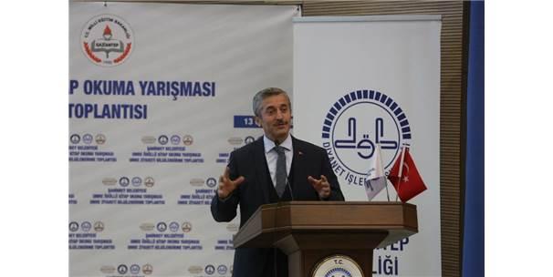 Şahinbey Belediyesi 147 öğrenciyi Umreye götürüyor