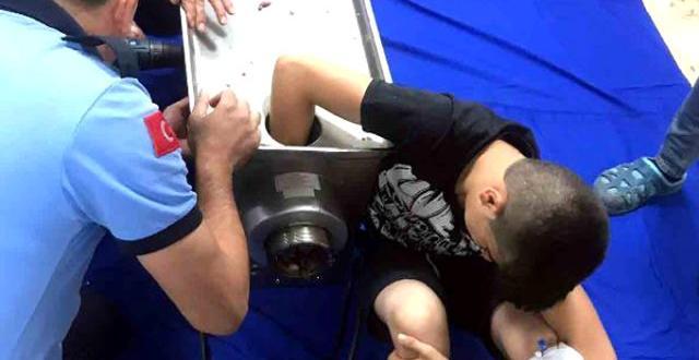 Gaziantep'te 14 Yaşındaki Çocuk Elini Kıyma Makinesine Kaptırdı