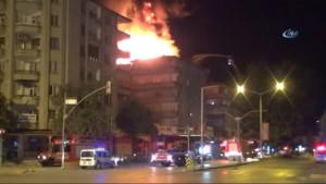 Gaziantep'te Çatı Yangınında Faciayı Devriye Gezen Polisler Önledi