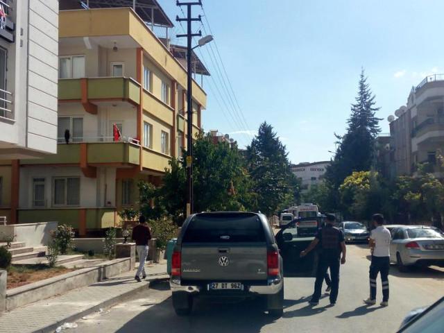 Gaziantep'te Eve Baskına Giden Polislere Ateş Açıldı!