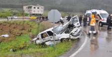 İslahiye'de Otomobiller Çarpıştı: 3 Ölü, 12 Yaralı