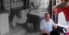 Gaziantep'te İğrenç Olay! Taciz Şüphelisini Terlikle Dövüp, Polise Teslim Ettiler