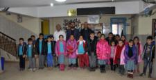 İslahiye'de Öğrencilere Kışlık Giysi Desteği