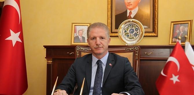 Kilim Radyo Yönetim Kurulu Başkanı Hakan Yeter Vali Gül'ü Ziyaret Etti