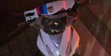 Kırmızı Işıkta Duramayan Elektrikli Motosiklet Kamyonete Çaptı